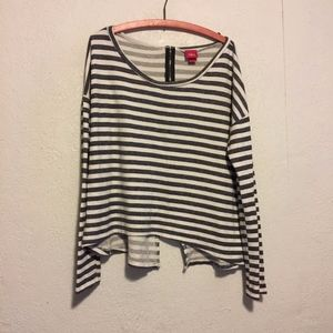 Slouchy Stripes with High Low Zipper Back, L
